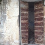 Poluotvorena vrata